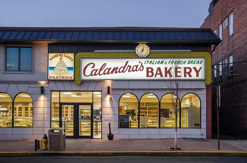 Calandra S Bakery Best Bakery In Nj Hot Bread Custom