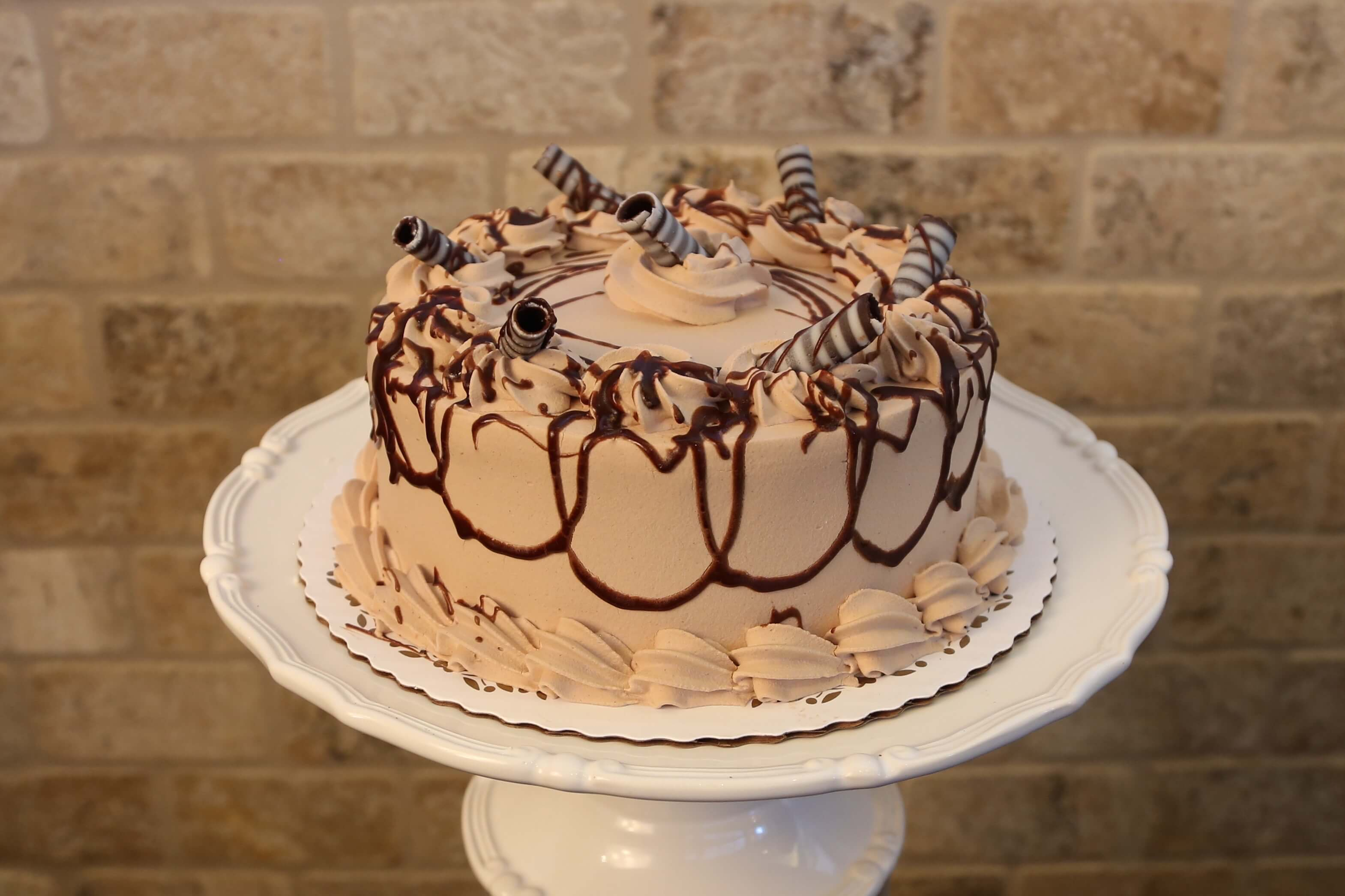 vanilla & chocolate mousse cake